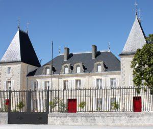 La façade du Château Peyrabon